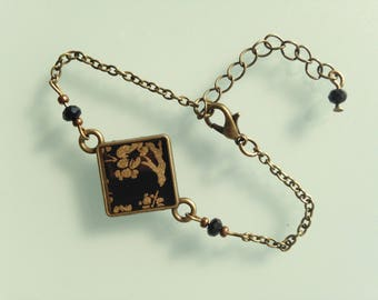 Bracelet bronze and black Japanese paper with Golden cherry blossoms.