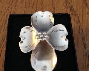 NYE Handmade Sterling Silver Dogwood Ring