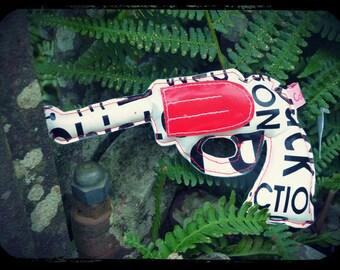"Gun in oilcloth ""lyrics, words and word!"""