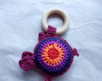 Baby shower gift fish teether crochet toy with squeaker wooden ring