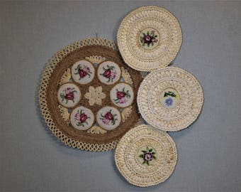 Straw Needlepoint Hotpad and Centerpiece Table Setting Decor
