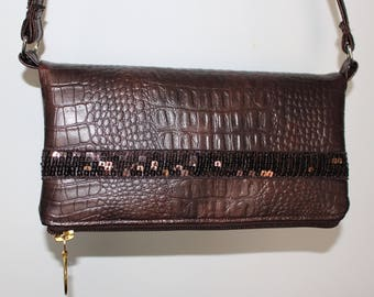 Small bag in imitation leather croco Brown sequined band