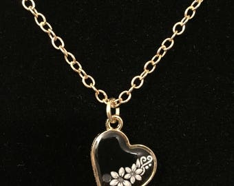 Black Heart Necklace - Flower