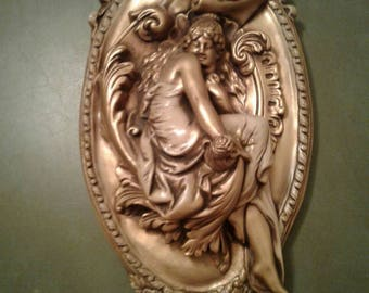 Free Shipping!!! Vintage Mid Century Hollywood Regency Gold Plaster Chalkware Wall Hanging Plaque Kitsch