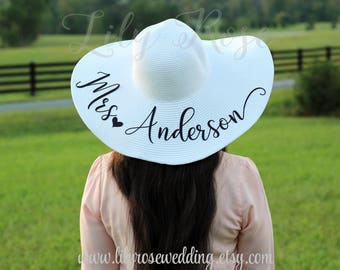 Bride Gift, Mrs Beach Hat,  Personalized Beach Hat, Just Married Hat, Floppy Hat, Monogram, Custom Mrs Hat, Honeymoon Hat Bridal Shower Gift
