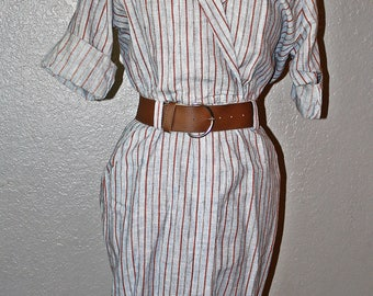 1940s style button down dress