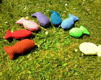 WLF Fish catnip toys in different colours!
