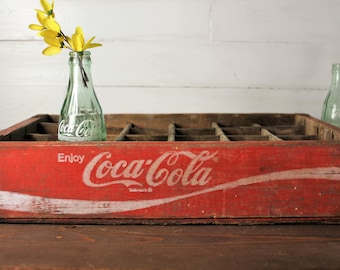 Coca Cola Crate, Vintage Red Coke Crate, 24 slot, Wooden crate, 1973 Chattanooga, Great Condition! Farmhouse Decor, advertising crate