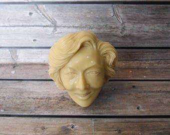 Marilyn Manroe Head Netsuke Statue from Cue Billiard Ball Pool Carved Handmade_y567