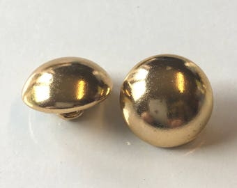 10, gold buttons, metal buttons, gold metal buttons, 17mm round buttons, metallic buttons, vintage buttons, sewing buttons, craft buttons