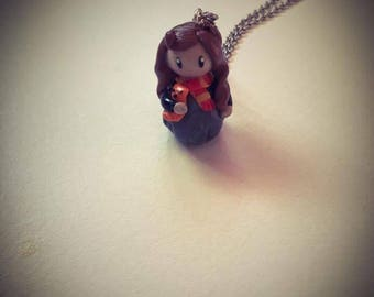 Hermione from harry Potter necklace