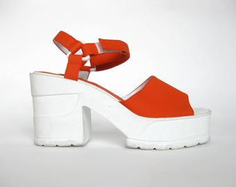 Deadstock Y2K Chunky Orange Platform Sandals (Women's Size 9)