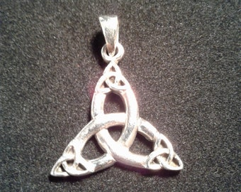 Sterling Silver Celtic Quadruple Triquetra Pendant #w9375