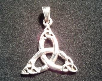 Sterling Silver Celtic Quadruple Triquetra Pendant #w9375