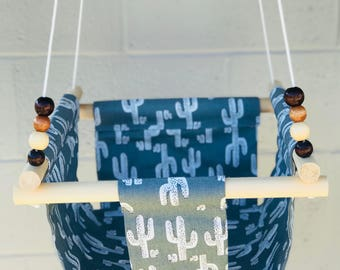 Baby  Fabric Swing. Indoor/Outdoor Baby/Todler Swing.