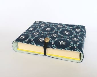 Book Bag - Handmade Book Sleeve, Book Protector, Journal Protector, Paperback Cover, Book Pouch, Book Gift, Retro Print, LoadedBobbins