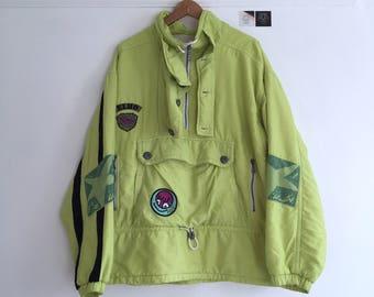 Vintage pullover light ski jacket. Men's  size big M/ small L. Early 90's era.