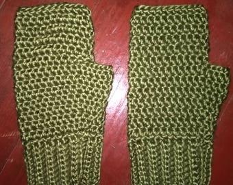 Green Fingerless gloves, merino wool silk blend, fingerless mittens, driving gloves, driving mittens, texting mittens, typing gloves