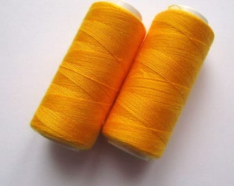 Set of 2 spools of thread 180 m for sewing - yellow