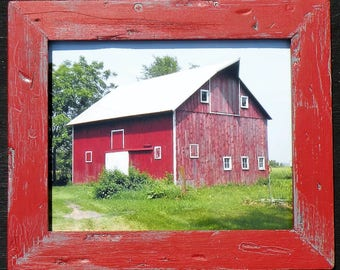 Old Red Barn Photo in Handmade Barn Red Vintage Gray Frame, Farmhouse Vintage Farm Picture in Red Barn Wood Distressed Rustic Frame