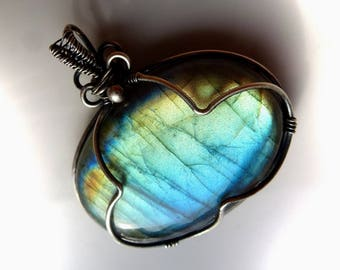 Labradorite pendant with 35x35mm, Labradorite, pendant - wire wrapped solid sterling silver