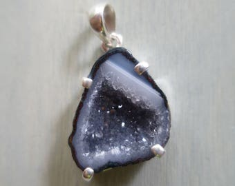Tobasco Geode pendant with crystals in Sterling Silver