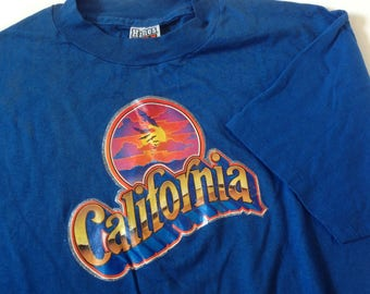 Vintage 1980 California sparkle graphic on soft Hanes Beefy T shirt