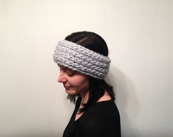 Crochet Headband // Women's Headband // Ear Warmer // Women's Ear Warmer