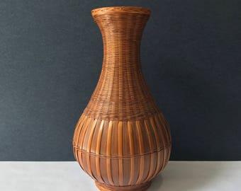Woven Wicker Vase - Hand Woven Planter / Plant Holder / Wooden Wicker Vase