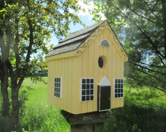 Yellow Birdhouse, Handmade Bird House, Outdoor Wood Birdhouse, Functional Birdhouse, Unique Birdhouse, Country Birdhouse