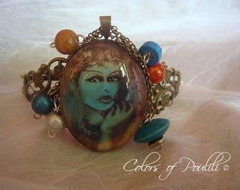 Vintage woman - 'Kathleen R' - Poulili © bracelet