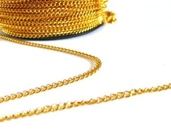 Plate 1 meter wide 2.5 mm-color gold link chain