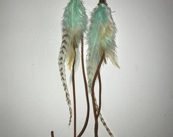 Feather & leather earrings w shells