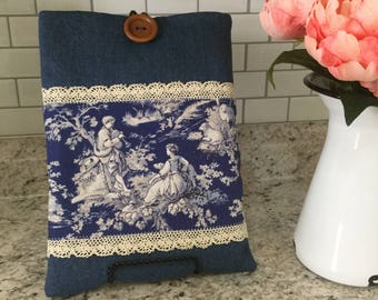 Vintage Blue Pattern Tablet Padded Cover, iPad Case, iPad mini Case, iPad Air Case, iPad  Pro Case,  Galaxy Tablet Case, Kindle Tablet Case