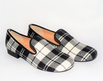Men black plaid slippers loafers