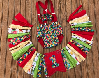 The very hungry caterpillar cake smash outfit and banner