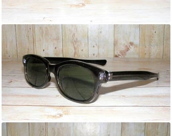 Vintage 90s deadstock slim sunglasses black frame/grey lense (SG09)