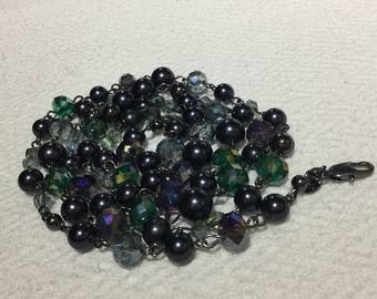 Swirled Green and Grey Faceted And Round Glass Bead Necklace