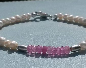 Natural pink sapphire and fresh water pearls bracelet in silver