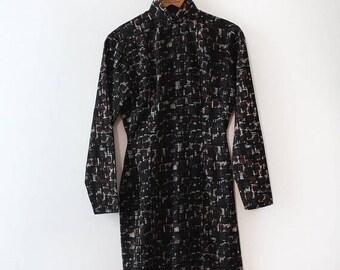 SUMMER SALE vintage 1960s Cheongsam dress // 60s Mid Century printed cheongsam wiggle dress
