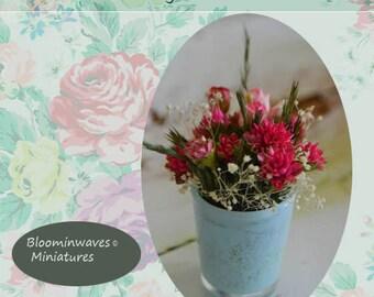 Miniature floral arrangement, Dollhouse miniature scale 6