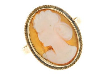 Shell Cameo 9ct Yellow Gold Ring