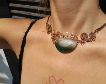 Copper necklace with agate stone