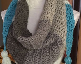 Triangle Cowl with Tassles