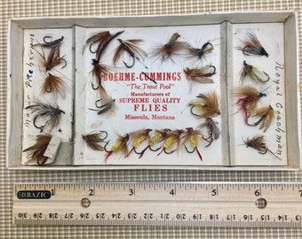 Vintage Fish Flies / Vintage Fish Lures / 24 pieces