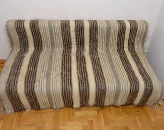 Sheepskin blanket Carpathian eco-friendly 100% sheep wool healing property different