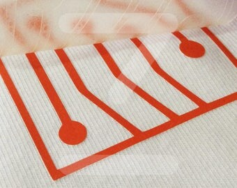 Design of DIY electronic textile vinyl for clothes of cotton and technical t-shirts.