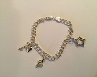 Vintage Italy Sterling Silver 925 Charm Bracelet with Charms. 10.3g