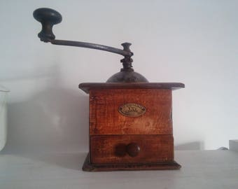French antique coffee grinder / Moulin à café ancien Peugeot Frères