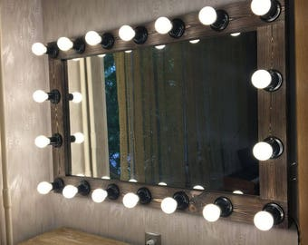 hollywood vanity mirror with artist mirror